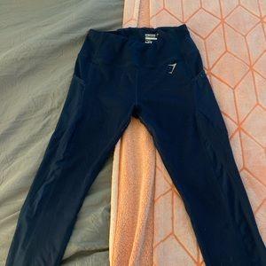 Navy blue gym shark leggings with mesh